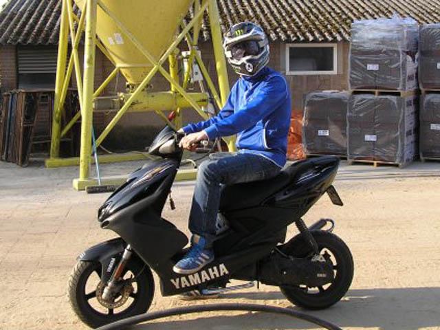 klistermärken till moped